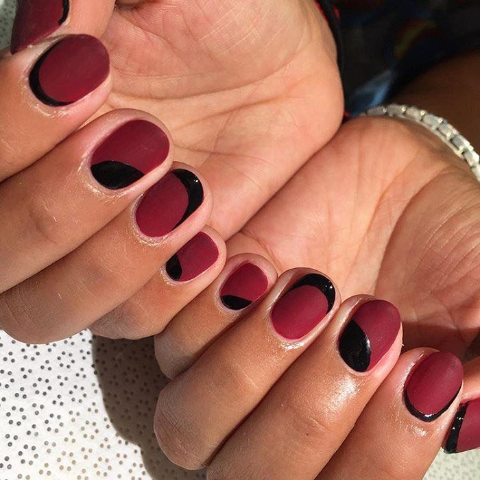 Fun Matte Nail Designs To Try red nails black patterns