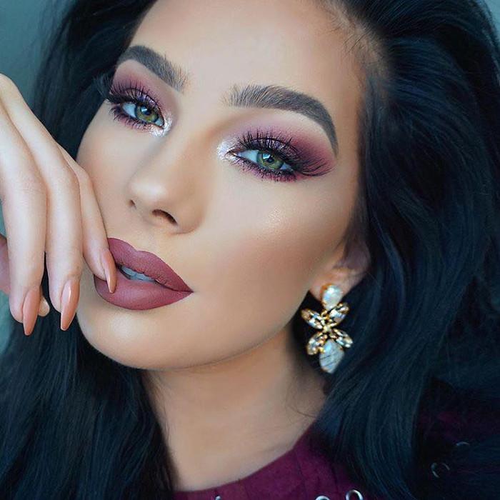 How to Make Green Eyes Pop plum makeup