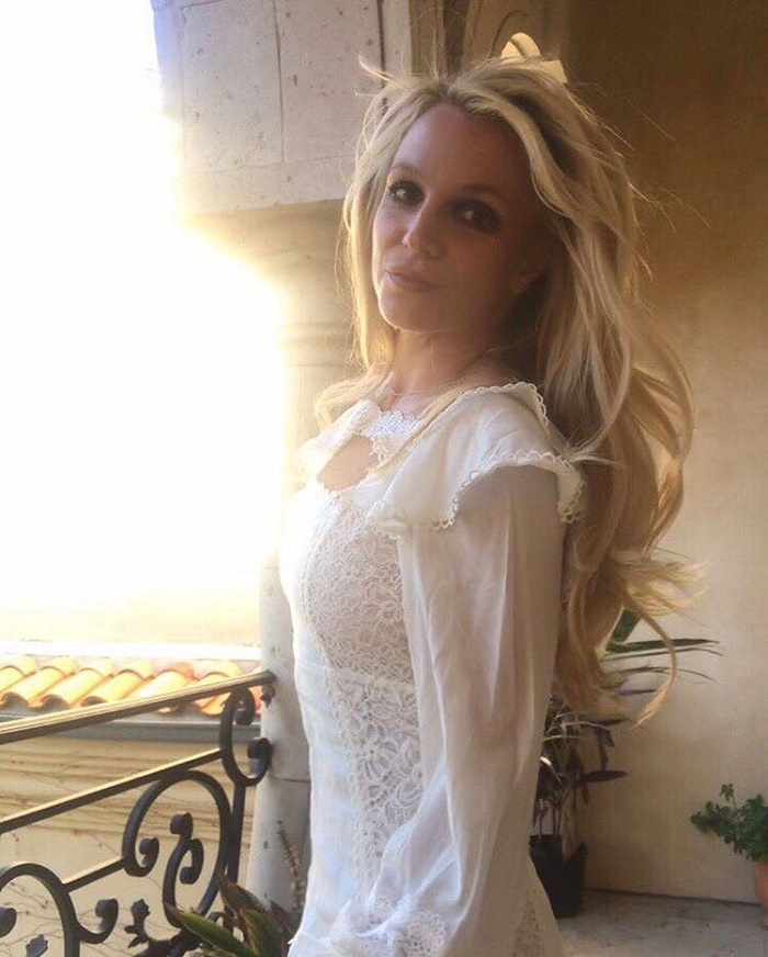 Britney Spears to Launch a Fashion and Lifestyle Brand white top