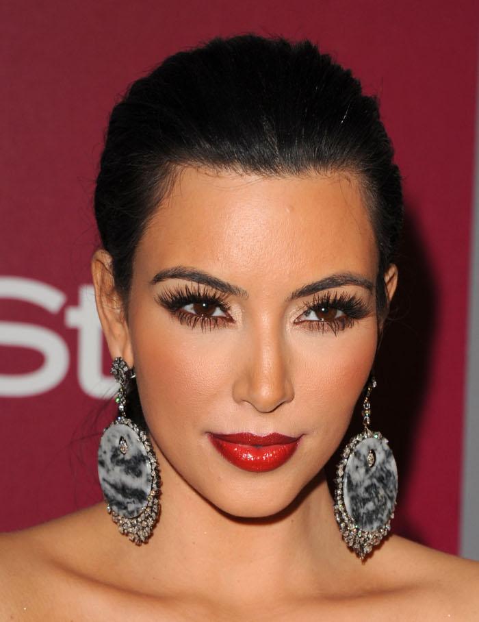 Kim-Kardashians-Most-Iconic-Makeup-Looks