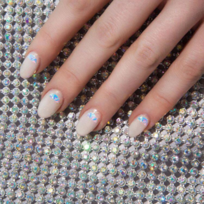 Neutral Nail Ideas That Go With Everything nude nails
