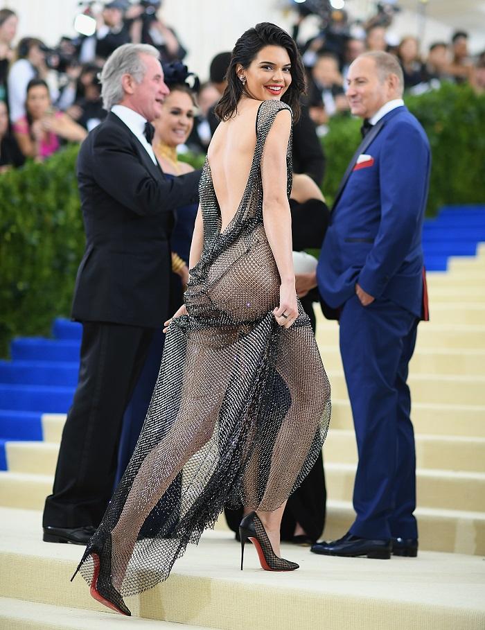 Celebrity-Lingerie-Inspired-Dresses-to-Wear-Outside-of-The-Bedroom-Kendall-Jenner.