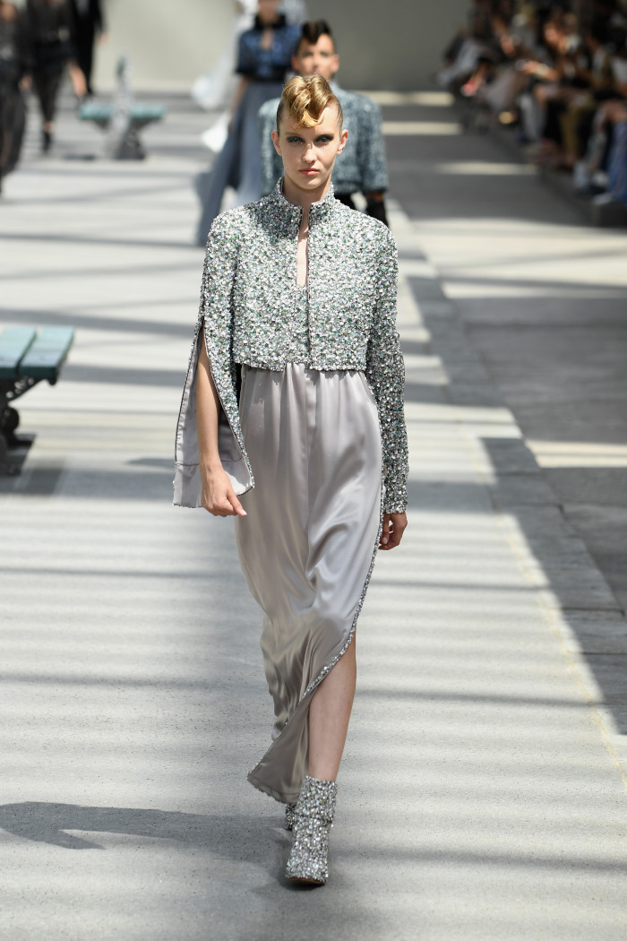 Chanel-Fall-2018-Couture-at-Haute-Couture-PFW gray embellished dress