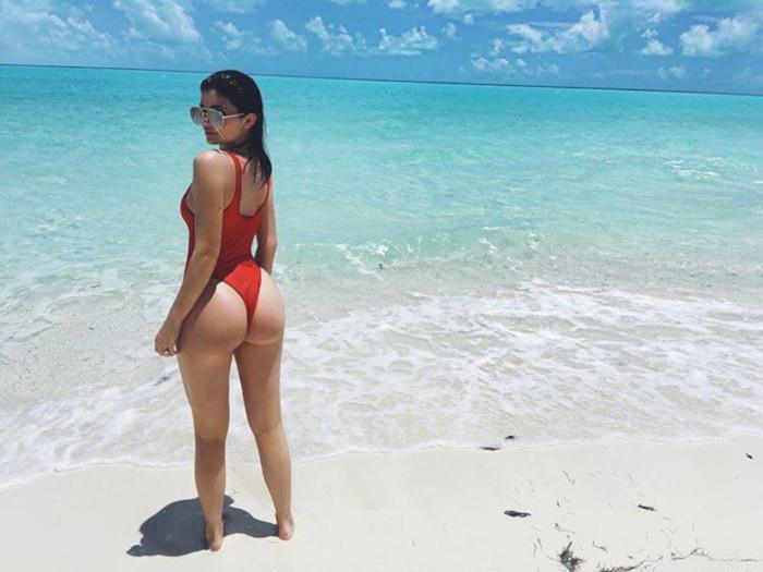 Kardashians and Jenners Hottest Swimwear Moments Kylie Jenner